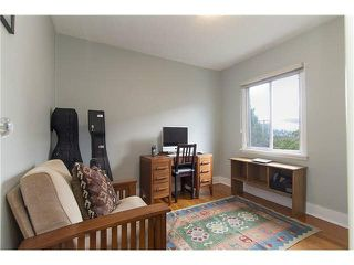 """Photo 9: 3170 ALMA Street in Vancouver: Point Grey Townhouse for sale in """"CASSER ESTATES LTD."""" (Vancouver West)  : MLS®# R2139281"""