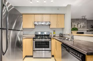 "Photo 10: 402 2768 CRANBERRY Drive in Vancouver: Kitsilano Condo for sale in ""Zydeco"" (Vancouver West)  : MLS®# R2140838"