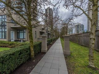 "Photo 10: TH3 2355 MADISON Avenue in Burnaby: Brentwood Park Townhouse for sale in ""OMA"" (Burnaby North)  : MLS®# R2149586"
