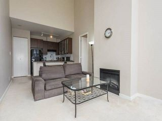 "Photo 3: TH3 2355 MADISON Avenue in Burnaby: Brentwood Park Townhouse for sale in ""OMA"" (Burnaby North)  : MLS®# R2149586"