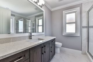 """Photo 11: 7684 211 Street in Langley: Willoughby Heights House for sale in """"YORKSON"""" : MLS®# R2157924"""