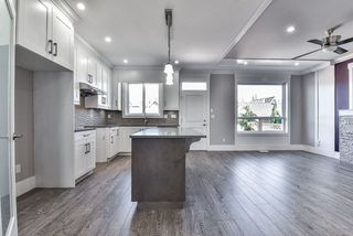 """Photo 5: 7684 211 Street in Langley: Willoughby Heights House for sale in """"YORKSON"""" : MLS®# R2157924"""