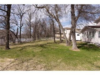 Photo 2: 29 RIVER Crescent in Sanford: R08 Residential for sale : MLS®# 1710003