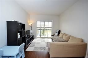 "Photo 3: 216 20219 54A Avenue in Langley: Langley City Condo for sale in ""SUEDE"" : MLS®# R2163721"