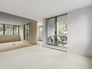 """Photo 8: 304 1740 COMOX Street in Vancouver: West End VW Condo for sale in """"The Sandpiper"""" (Vancouver West)  : MLS®# R2178648"""