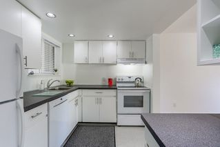 Photo 6: 879 CUNNINGHAM Lane in Port Moody: North Shore Pt Moody Townhouse for sale : MLS®# R2184609