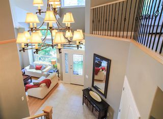 Photo 3: 119 EAGLE Pass in Port Moody: Heritage Mountain House for sale : MLS®# R2187230