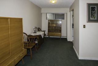 """Photo 3: 105 11771 KING Road in Richmond: Ironwood Condo for sale in """"KINGSWOOD DOWNES"""" : MLS®# R2189428"""
