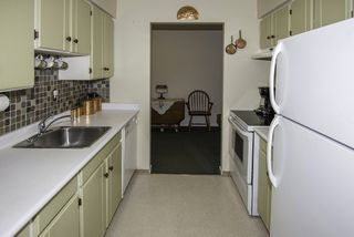 """Photo 5: 105 11771 KING Road in Richmond: Ironwood Condo for sale in """"KINGSWOOD DOWNES"""" : MLS®# R2189428"""