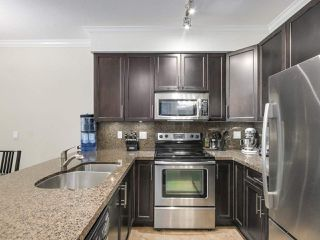 Photo 11: 106 7227 ROYAL OAK Avenue in Burnaby: Metrotown Townhouse for sale (Burnaby South)  : MLS®# R2198783