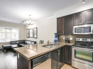 Photo 12: 106 7227 ROYAL OAK Avenue in Burnaby: Metrotown Townhouse for sale (Burnaby South)  : MLS®# R2198783
