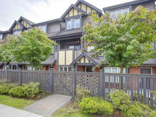 Photo 2: 106 7227 ROYAL OAK Avenue in Burnaby: Metrotown Townhouse for sale (Burnaby South)  : MLS®# R2198783