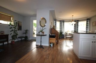 Photo 12: 32670 CHERRY Avenue in Mission: Mission BC House for sale : MLS®# R2203288