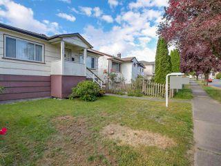 Photo 5: 3232 NAPIER STREET in Vancouver: Renfrew VE House for sale (Vancouver East)  : MLS®# R2072671