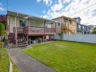 Photo 11: 3232 NAPIER STREET in Vancouver: Renfrew VE House for sale (Vancouver East)  : MLS®# R2072671