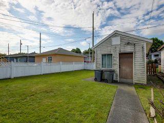 Photo 13: 3232 NAPIER STREET in Vancouver: Renfrew VE House for sale (Vancouver East)  : MLS®# R2072671
