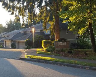 """Photo 1: 9259 GOLDHURST Terrace in Burnaby: Forest Hills BN Townhouse for sale in """"COPPER HILL"""" (Burnaby North)  : MLS®# R2209147"""