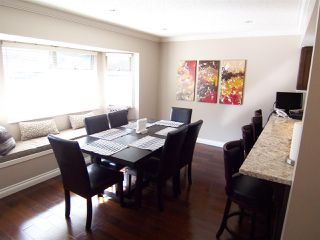 """Photo 8: 9259 GOLDHURST Terrace in Burnaby: Forest Hills BN Townhouse for sale in """"COPPER HILL"""" (Burnaby North)  : MLS®# R2209147"""