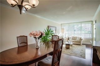 Photo 2: 406 11 Townsgate Drive in Vaughan: Crestwood-Springfarm-Yorkhill Condo for sale : MLS®# N3947232