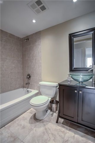 Photo 15: 406 11 Townsgate Drive in Vaughan: Crestwood-Springfarm-Yorkhill Condo for sale : MLS®# N3947232