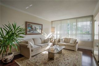 Photo 3: 406 11 Townsgate Drive in Vaughan: Crestwood-Springfarm-Yorkhill Condo for sale : MLS®# N3947232