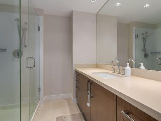 "Photo 17: 907 1833 CROWE Street in Vancouver: False Creek Condo for sale in ""The Foundry"" (Vancouver West)  : MLS®# R2212971"