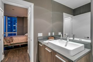 Photo 12: 2902 3007 GLEN DRIVE in Coquitlam: North Coquitlam Condo for sale : MLS®# R2199284