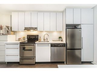 """Photo 10: 407 370 CARRALL Street in Vancouver: Downtown VE Condo for sale in """"21 DOORS"""" (Vancouver East)  : MLS®# R2226646"""