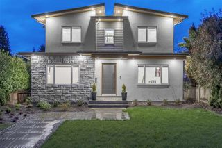 Photo 1: 2333 JONES Avenue in North Vancouver: Central Lonsdale House for sale : MLS®# R2260714