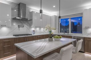 Photo 3: 2333 JONES Avenue in North Vancouver: Central Lonsdale House for sale : MLS®# R2260714