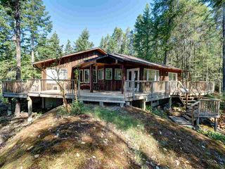 Photo 1: 5742 LEANING TREE Road in Halfmoon Bay: Halfmn Bay Secret Cv Redroofs House for sale (Sunshine Coast)  : MLS®# R2292000
