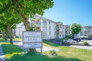 Main Photo: 122 32850 GEORGE FERGUSON WA Way in Abbotsford: Central Abbotsford Condo for sale : MLS®# R2293270