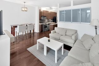 "Photo 3: 205 2055 YUKON Street in Vancouver: False Creek Condo for sale in ""MONTREAUX"" (Vancouver West)  : MLS®# R2293624"