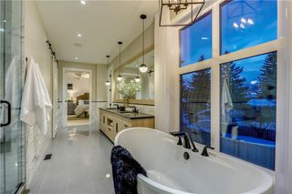 Photo 35: 6443 LAURENTIAN Way SW in Calgary: North Glenmore Park Detached for sale : MLS®# C4201337