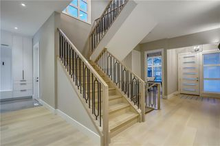 Photo 27: 6443 LAURENTIAN Way SW in Calgary: North Glenmore Park Detached for sale : MLS®# C4201337