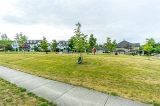 """Photo 20: 2 18011 70 Avenue in Surrey: Cloverdale BC Townhouse for sale in """"Provinceton"""" (Cloverdale)  : MLS®# R2297398"""