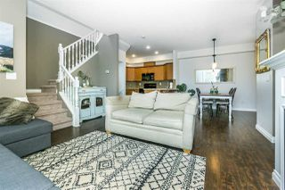 """Photo 6: 2 18011 70 Avenue in Surrey: Cloverdale BC Townhouse for sale in """"Provinceton"""" (Cloverdale)  : MLS®# R2297398"""