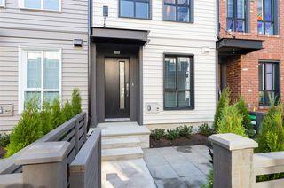 Photo 4: 65 15898 27 Avenue in Surrey: Grandview Surrey Townhouse for sale (South Surrey White Rock)  : MLS®# R2315425