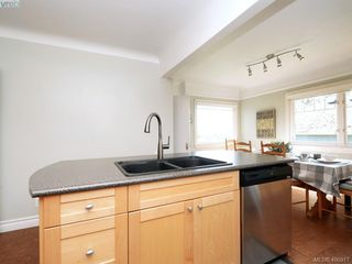 Photo 7: 1248 Topaz Avenue in VICTORIA: Vi Mayfair Single Family Detached for sale (Victoria)  : MLS®# 400917