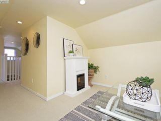 Photo 15: 1248 Topaz Avenue in VICTORIA: Vi Mayfair Single Family Detached for sale (Victoria)  : MLS®# 400917