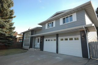 Main Photo: 11135 35 Avenue in Edmonton: Zone 16 House for sale : MLS®# E4133468