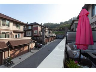"Photo 12: 31 10550 248 Street in Maple Ridge: Thornhill MR Townhouse for sale in ""THE TERRACES"" : MLS®# R2319742"