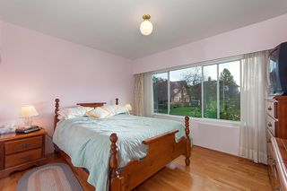 Photo 8: 4063 W 28TH Avenue in Vancouver: Dunbar House for sale (Vancouver West)  : MLS®# R2321893