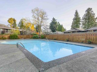 "Photo 2: 1203 555 W 28TH Street in North Vancouver: Upper Lonsdale Townhouse for sale in ""CEDAR BROOK VILLAGE"" : MLS®# R2324026"
