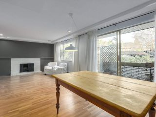 """Photo 10: 1203 555 W 28TH Street in North Vancouver: Upper Lonsdale Townhouse for sale in """"CEDAR BROOK VILLAGE"""" : MLS®# R2324026"""