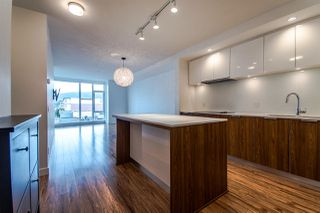 "Photo 4: 310 111 E 3RD Street in North Vancouver: Lower Lonsdale Condo for sale in ""THE VERSATILE"" : MLS®# R2333960"