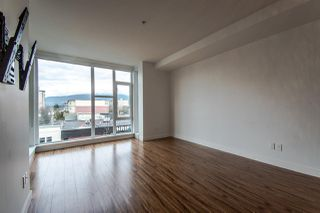 "Photo 7: 310 111 E 3RD Street in North Vancouver: Lower Lonsdale Condo for sale in ""THE VERSATILE"" : MLS®# R2333960"