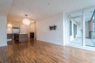 "Photo 5: 310 111 E 3RD Street in North Vancouver: Lower Lonsdale Condo for sale in ""THE VERSATILE"" : MLS®# R2333960"