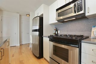 "Photo 13: 604 155 W 1ST Street in North Vancouver: Lower Lonsdale Condo for sale in ""TIME"" : MLS®# R2335827"