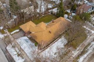 Photo 4: 27 Wilket Road in Toronto: Bridle Path-Sunnybrook-York Mills House (Bungalow) for sale (Toronto C12)  : MLS®# C4385099